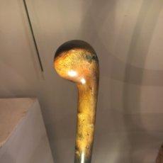 Antigüedades: BASTÓN CON MANGO DE CUERNO DE RINOCERONTE. Lote 116334823