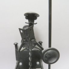 Antigüedades: ESCULTURA HIERRO DON QUIJOTE DE LA MANCHA. Lote 116363419