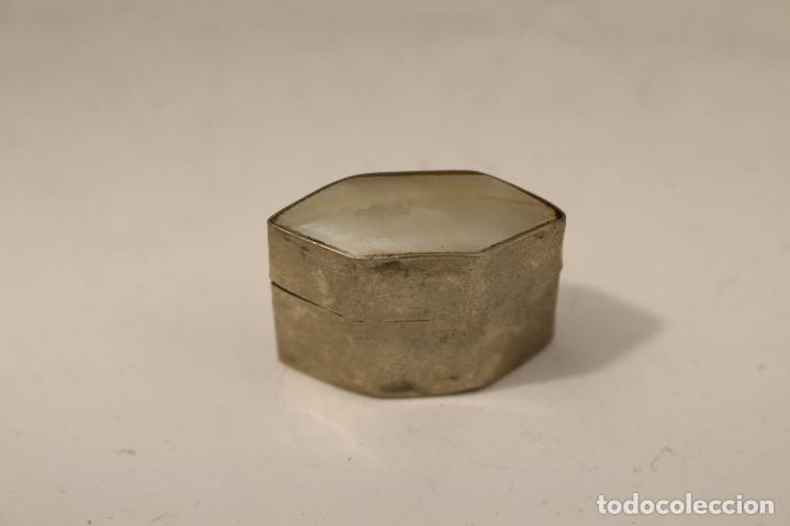 Antigüedades: cajita pastillero en plata de ley 925milesimas con nacar - Foto 4 - 125990148