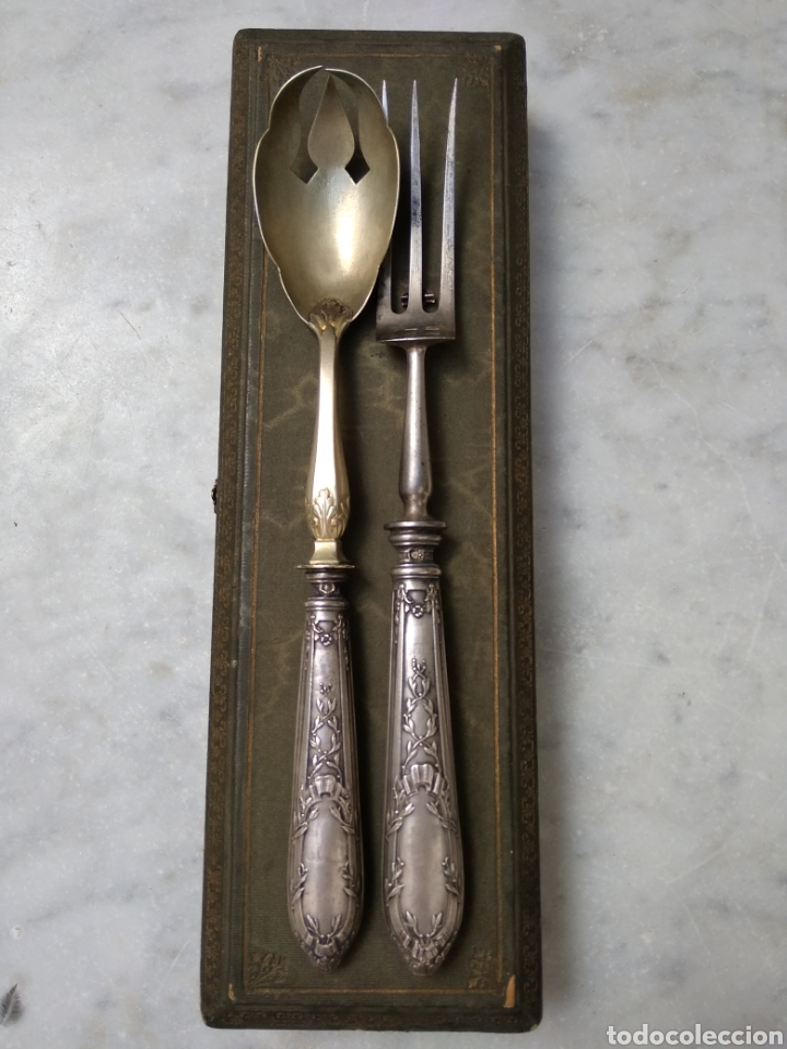 Antigüedades: Pareja de cubiertos de servir con mango de plata - Foto 11 - 116440286