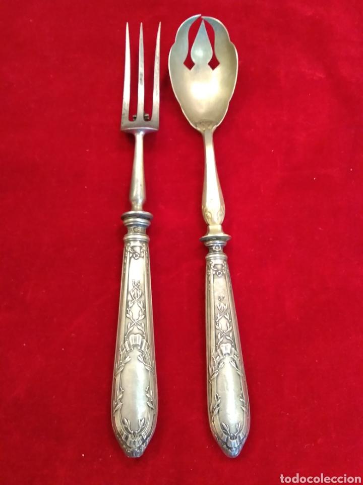 Antigüedades: Pareja de cubiertos de servir con mango de plata - Foto 2 - 116440286