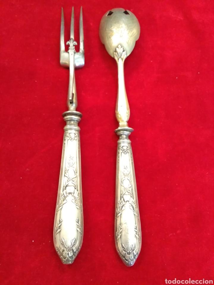 Antigüedades: Pareja de cubiertos de servir con mango de plata - Foto 3 - 116440286