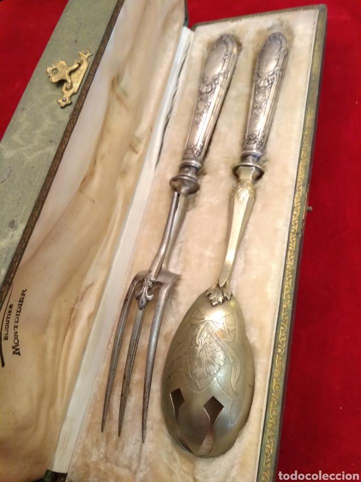 Antigüedades: Pareja de cubiertos de servir con mango de plata - Foto 9 - 116440286