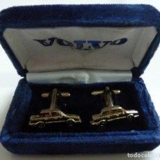 Antigüedades: GEMELOS CON FORMA DE COCHE. VOLVO. Lote 116506095