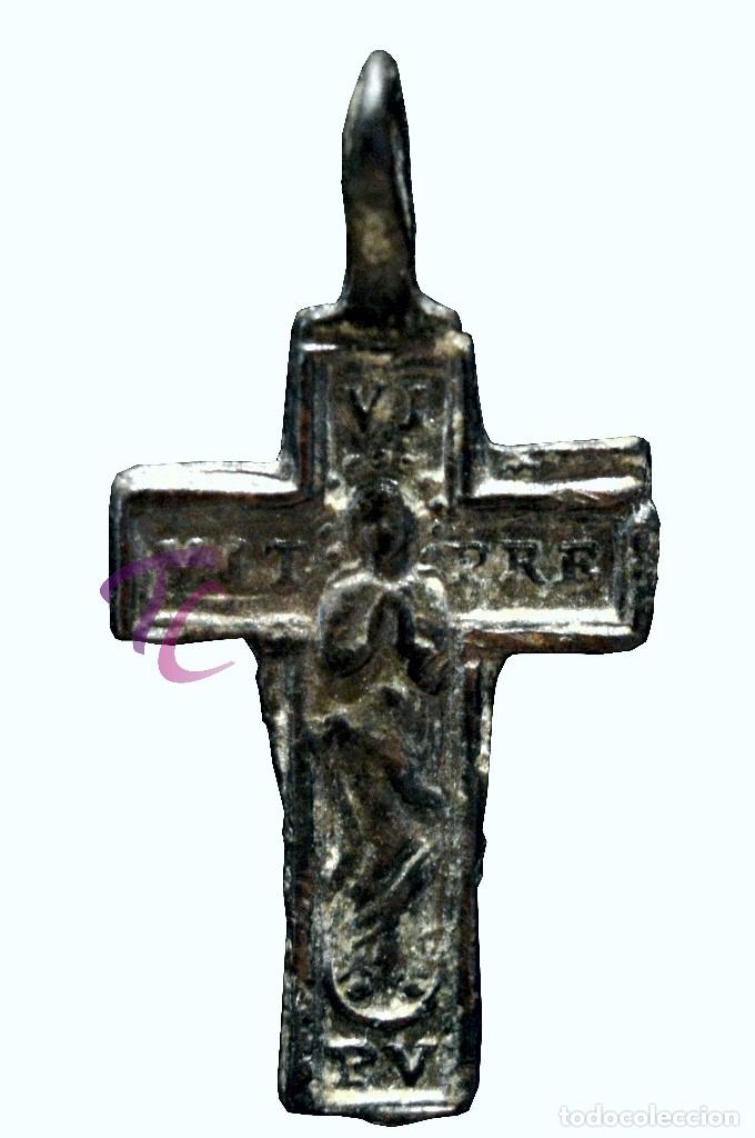Antigüedades: ANTIGUA CRUZ COLGANTE EN BRONCE - Foto 3 - 114627963