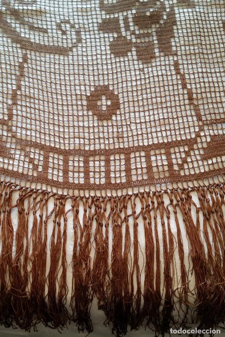 Antigüedades: Antiguo mantel Art Deco - seda marron - Foto 14 - 116633339