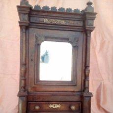 Antigüedades: PRECIOSO PEQUEÑO ARMARIO CON ESPEJO.. Lote 116640643