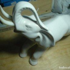 Antiques - elefante Porcelana pereiras Portugal - 116653815