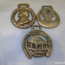 Antigüedades: 3 PLACAS ANTIGUAS DE BRONCE PARA CORREAJE DE CABALLO. Lote 116675811