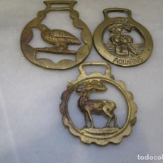 Antigüedades: 3 PLACAS ANTIGUAS DE BRONCE PARA CORREAJE DE CABALLO. Lote 116685255