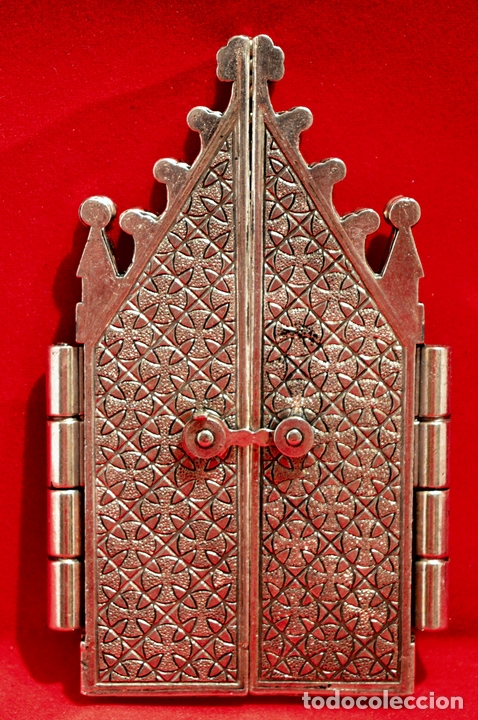 Antigüedades: CAPILLA PORTA PAZ TRIPTICO METALICO VIRGEN DE MONTSERRAT MORENETA - Foto 3 - 53622030