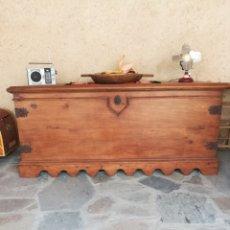 Antigüedades: ARCA MARAGATA ANTIGUA.. Lote 116688327