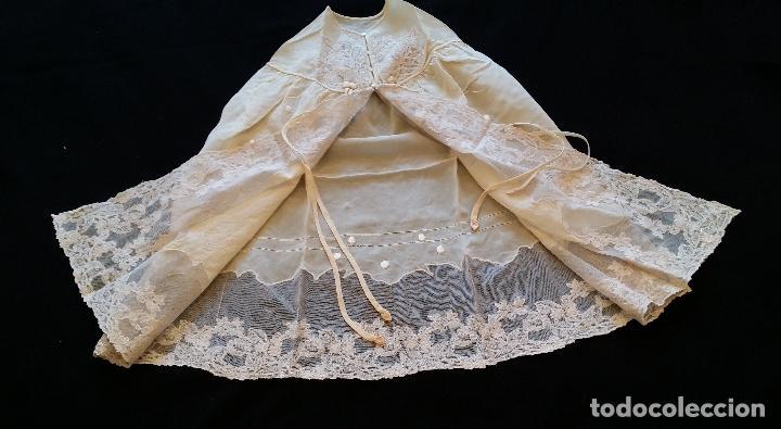 Antigüedades: Antiguo traje de cristianar / bautismo: capa y faldón - Foto 5 - 155052881