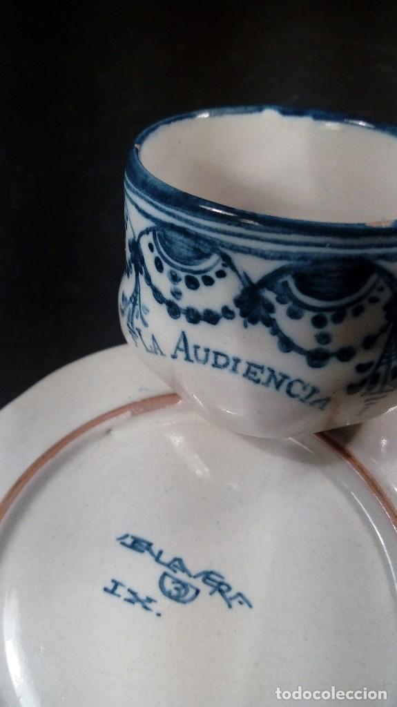Antigüedades: TAZA CON PLATO EN CERÁMICA RUIZ DE LUNA, TALAVERA, FIRMADAS. LA AUDIENCIA. - Foto 4 - 116761195