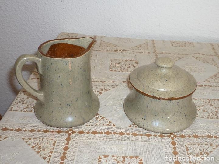 Antigüedades: ARTESANAL, ANTIGUO JUEGO DE CAFE DE CERAMICA LA BISBAL DE ALFARERIA APARICIO DE DISEÑO AÑO 80 FIRMAD - Foto 3 - 116668647