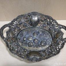 Antigüedades: ANTIGUO FRUTERO CENTRO DE MESA - METAL PLATEADO. Lote 116801295