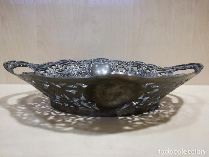 Antigüedades: ANTIGUO FRUTERO CENTRO DE MESA - METAL PLATEADO - Foto 5 - 116801295