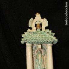 Antigüedades: BENDITERA EN AUTÉNTICA CERÁMICA PORCELANA ALGORA DOCUMENTADA. POCO FRECUENTE EN PERFECTO ESTADO. Lote 116815331