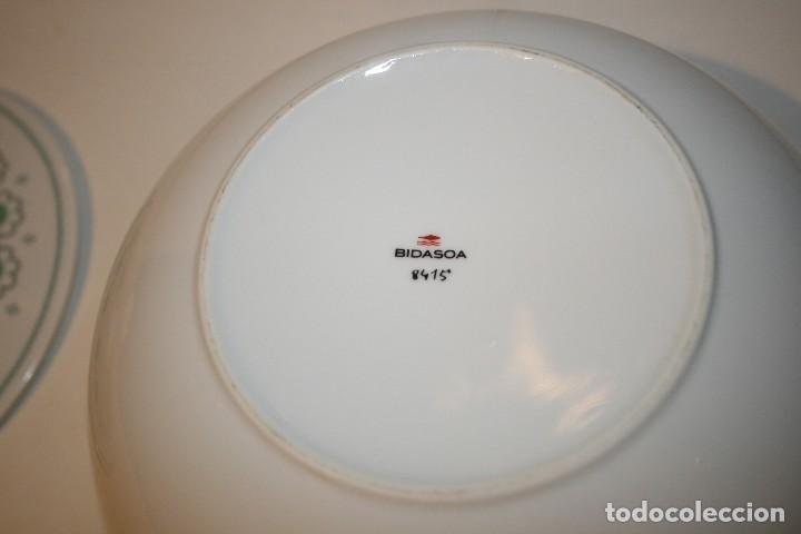 Antigüedades: 72 piezas de vajilla de porcelana Bidasoa. Año 1969. - Foto 3 - 116868231