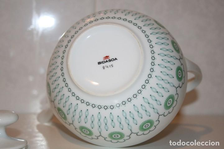 Antigüedades: 72 piezas de vajilla de porcelana Bidasoa. Año 1969. - Foto 16 - 116868231