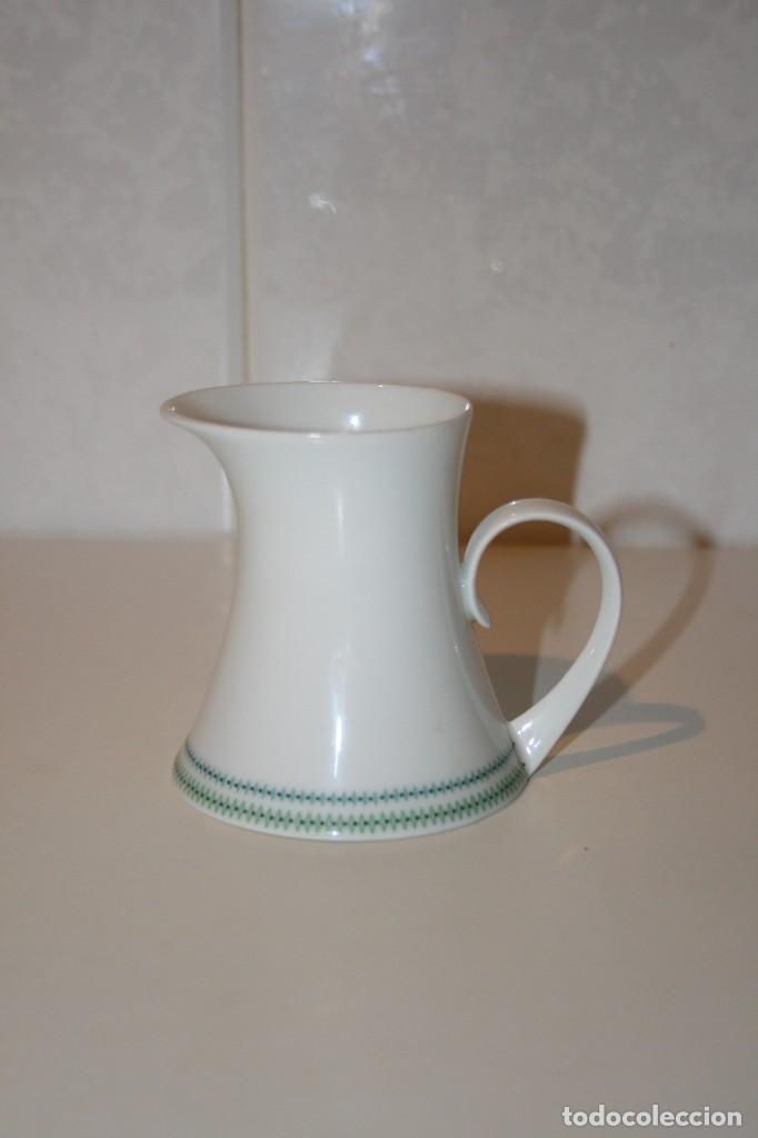 Antigüedades: 72 piezas de vajilla de porcelana Bidasoa. Año 1969. - Foto 17 - 116868231
