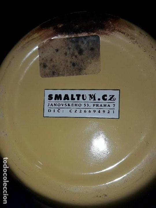 Antigüedades: ANTIGUA JARRA DE METAL ESMALTADO PRAHA - Foto 3 - 116874963