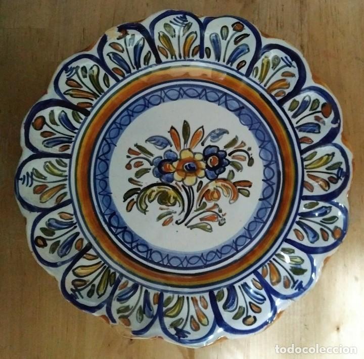 Antigüedades: 2 platos 25cm con inscripción en la parte trasera - flores - Foto 2 - 116877991