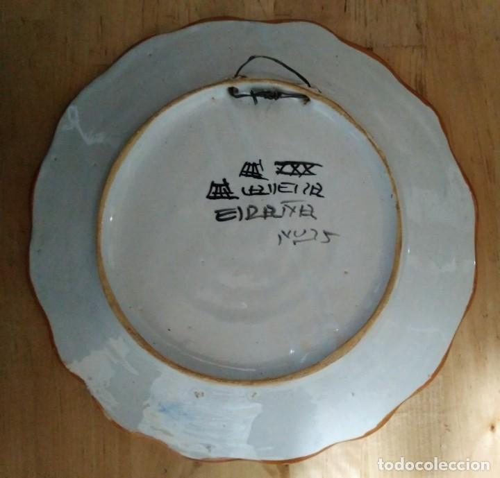 Antigüedades: 2 platos 25cm con inscripción en la parte trasera - flores - Foto 4 - 116877991