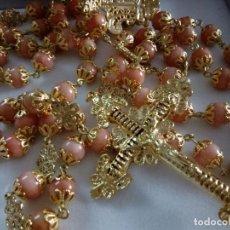 Antigüedades: ROSARIO CORAL ROSA CHAPADO ORO. Lote 116930395