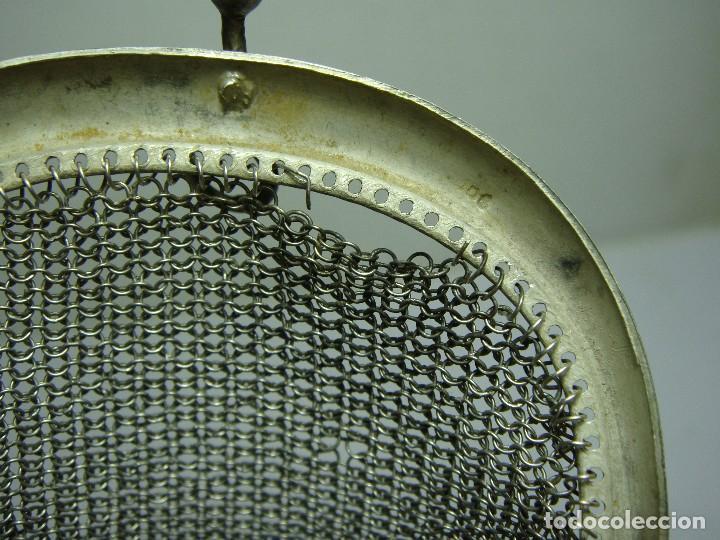 Antigüedades: Antiguo Bolso Monedero de Malla. Plata .800 mls (con contrastes). Con 2 compartimentos. - Foto 4 - 116950231