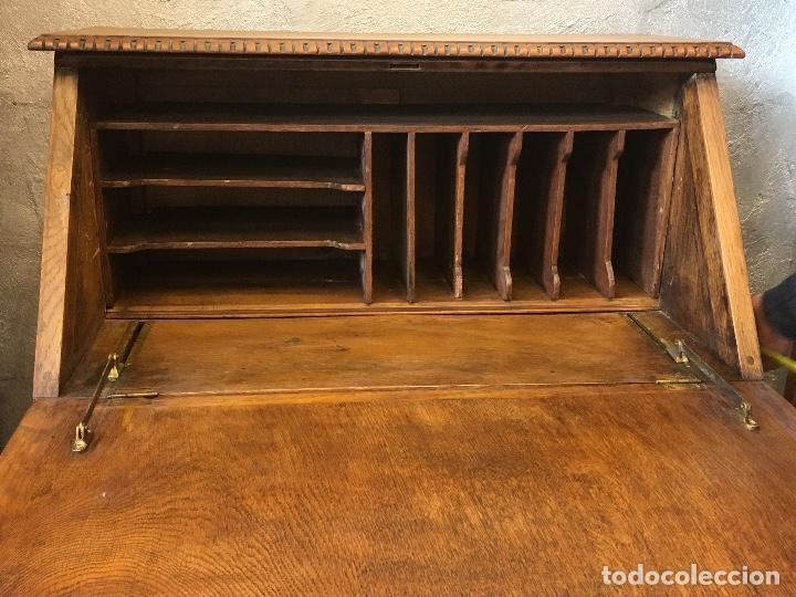 Antigüedades: Escritorio tallado en madera de roble - Foto 3 - 116968911
