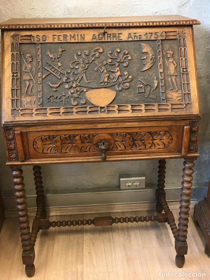 Antigüedades: Escritorio tallado en madera de roble - Foto 5 - 116968911