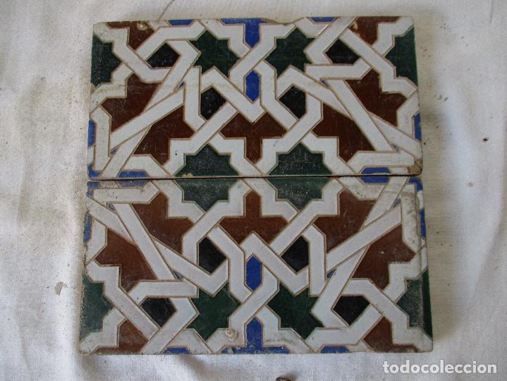 PAREJA DE AZULEJOS MENSAQUE (Antigüedades - Porcelanas y Cerámicas - Azulejos)