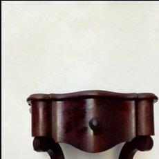 Antigüedades: MESAS DE NOCHE COLONIALES PAREJA-. Lote 172745922