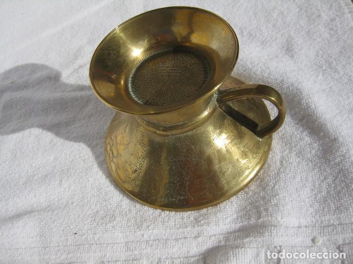 Antigüedades: COPA CÁLIZ DE BRONCE CON ASA 12 CMS DE DIÁMETRO Y 8 DE ALTURA - Foto 3 - 117037723