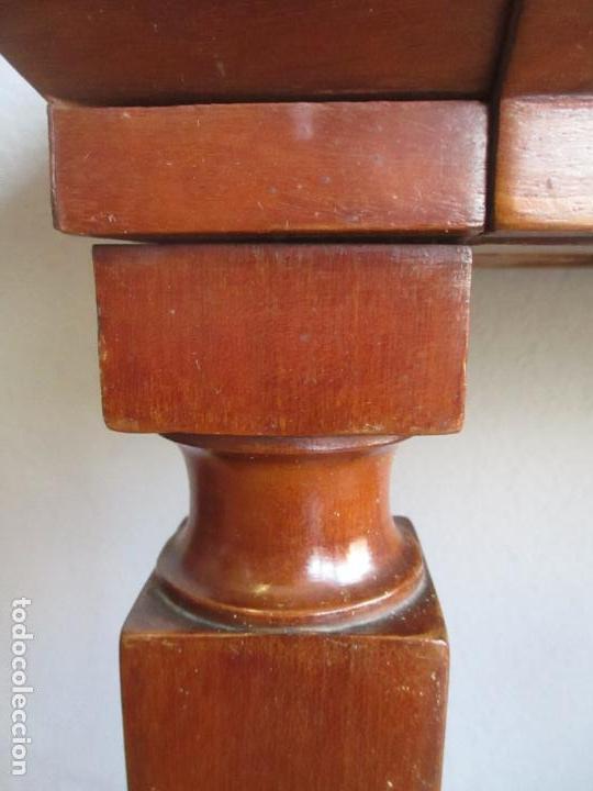 Antigüedades: Antigua Mesa - Consola Imperio - Madera de Caoba - Patas de Garra Doradas - Año 1800 - Foto 7 - 117044487