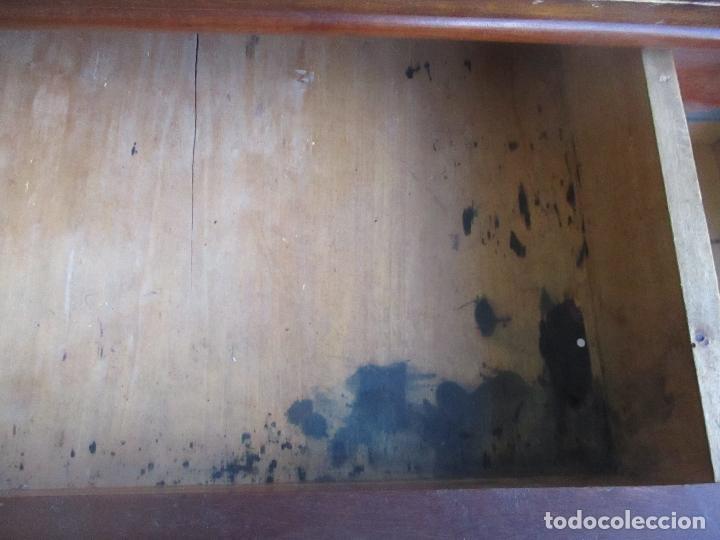 Antigüedades: Antigua Mesa - Consola Imperio - Madera de Caoba - Patas de Garra Doradas - Año 1800 - Foto 14 - 117044487