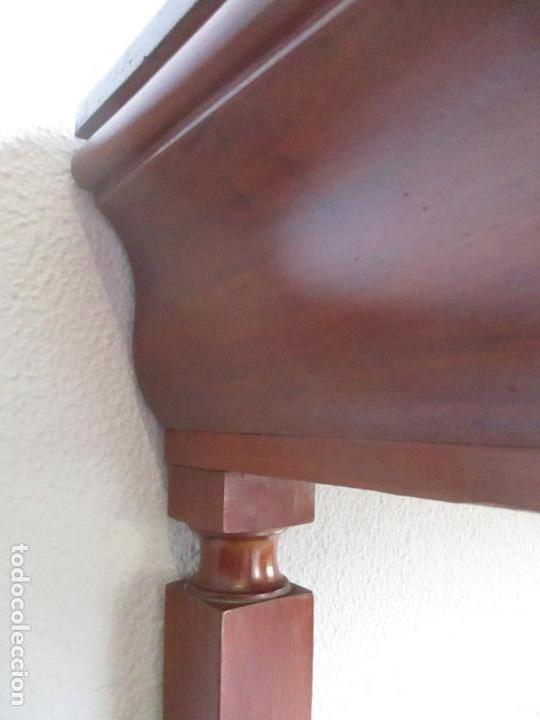 Antigüedades: Antigua Mesa - Consola Imperio - Madera de Caoba - Patas de Garra Doradas - Año 1800 - Foto 25 - 117044487