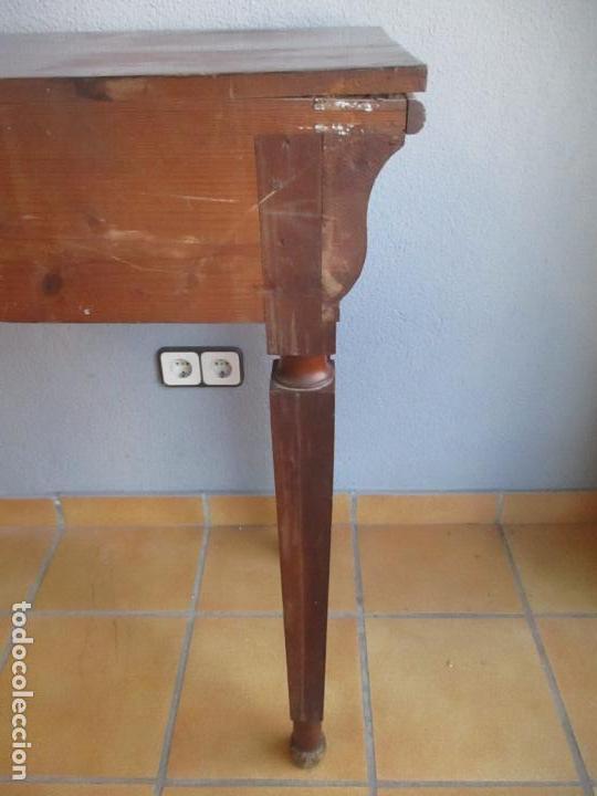 Antigüedades: Antigua Mesa - Consola Imperio - Madera de Caoba - Patas de Garra Doradas - Año 1800 - Foto 28 - 117044487