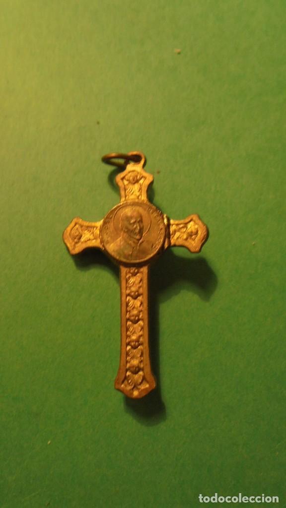 Antigüedades: RELICARIO - P.JOSE DE CALASANZ. CRUZ CON RELICARIO DE BRONCE SOBREDORADA - Foto 3 - 117055707
