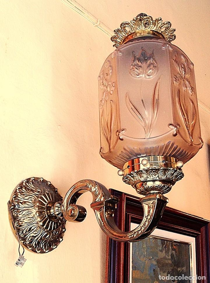 ANTIGUO APLIQUE GRANDE DE BRONCE ALTO 50CM (Antigüedades - Iluminación - Apliques Antiguos)