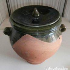 Antigüedades: ORZA DE BARRO COCIDO Y ESMALTADO PARA ACEITUNAS CON TAPA. Lote 117067875