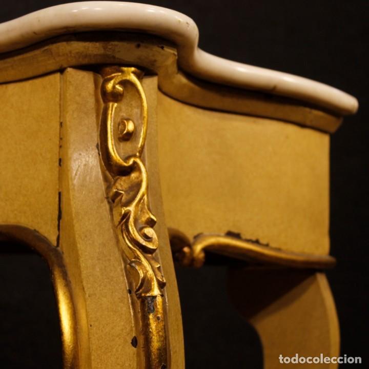 Antigüedades: Consola italiana en madera lacada y dorada con tapa de mármol - Foto 9 - 117096967