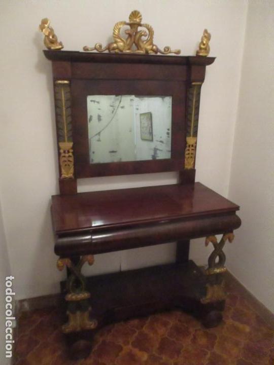 CONSOLA IMPERIO - MADERA Y RAÍZ DE CAOBA - FINAS TALLAS DORADAS - ESPEJO - DESMONTABLE - S. XIX (Antigüedades - Muebles Antiguos - Consolas Antiguas)