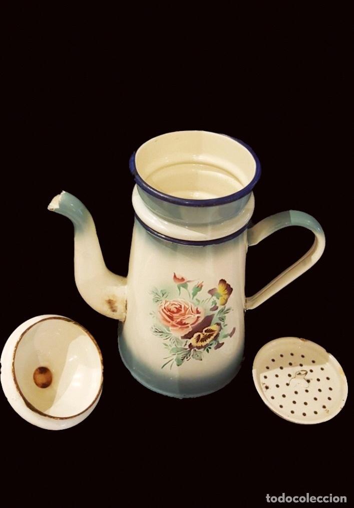 Antigüedades: Antigua cafetera de porcelana o metal esmaltada, preciosa!! - Foto 2 - 117136283