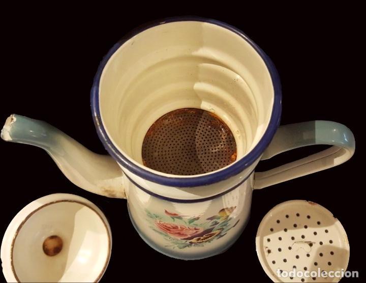 Antigüedades: Antigua cafetera de porcelana o metal esmaltada, preciosa!! - Foto 3 - 117136283
