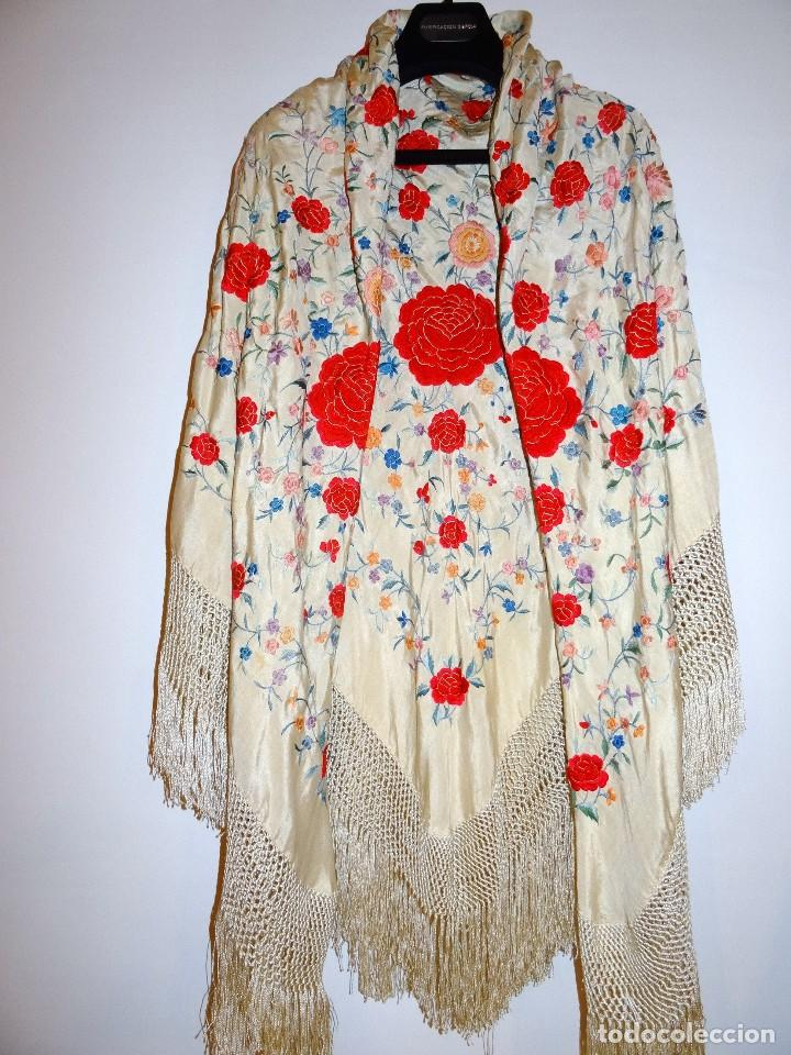 Antigüedades: Mantón seda bordada. - Foto 2 - 117214503