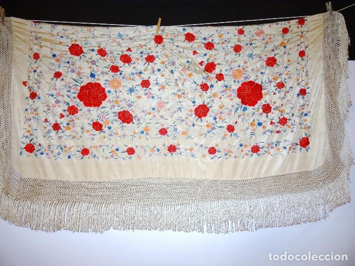 Antigüedades: Mantón seda bordada. - Foto 3 - 117214503