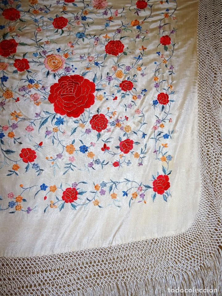 Antigüedades: Mantón seda bordada. - Foto 5 - 117214503