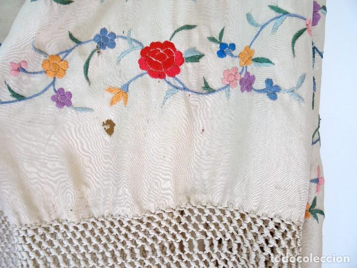 Antigüedades: Mantón seda bordada. - Foto 8 - 117214503